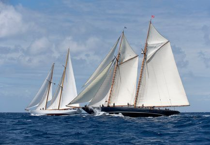 Schooners Mariette and Eros Racing in Antigua