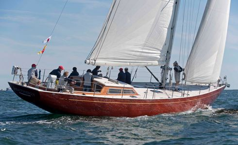 Weatherly at the Newport to Bermuda Start 2016
