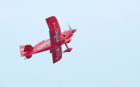 Oracle acrobatic biplane piloted by Sean Tucker