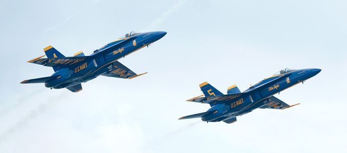 Blue Angels F-18 Superhornets at airshow