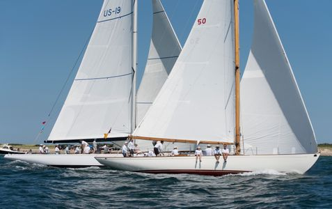 Sonny and 12 Metre Nefertiti US19 at the Opera House Cup
