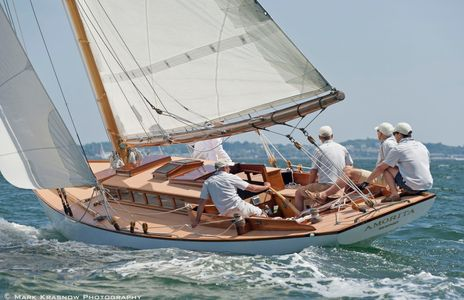 Classic Herreshoff  NY 30 Amorita at the NYYC 161st Annual Regatta