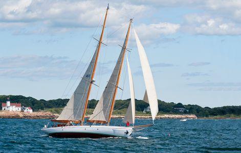 Schooner Summerwind - A John Alden Classic