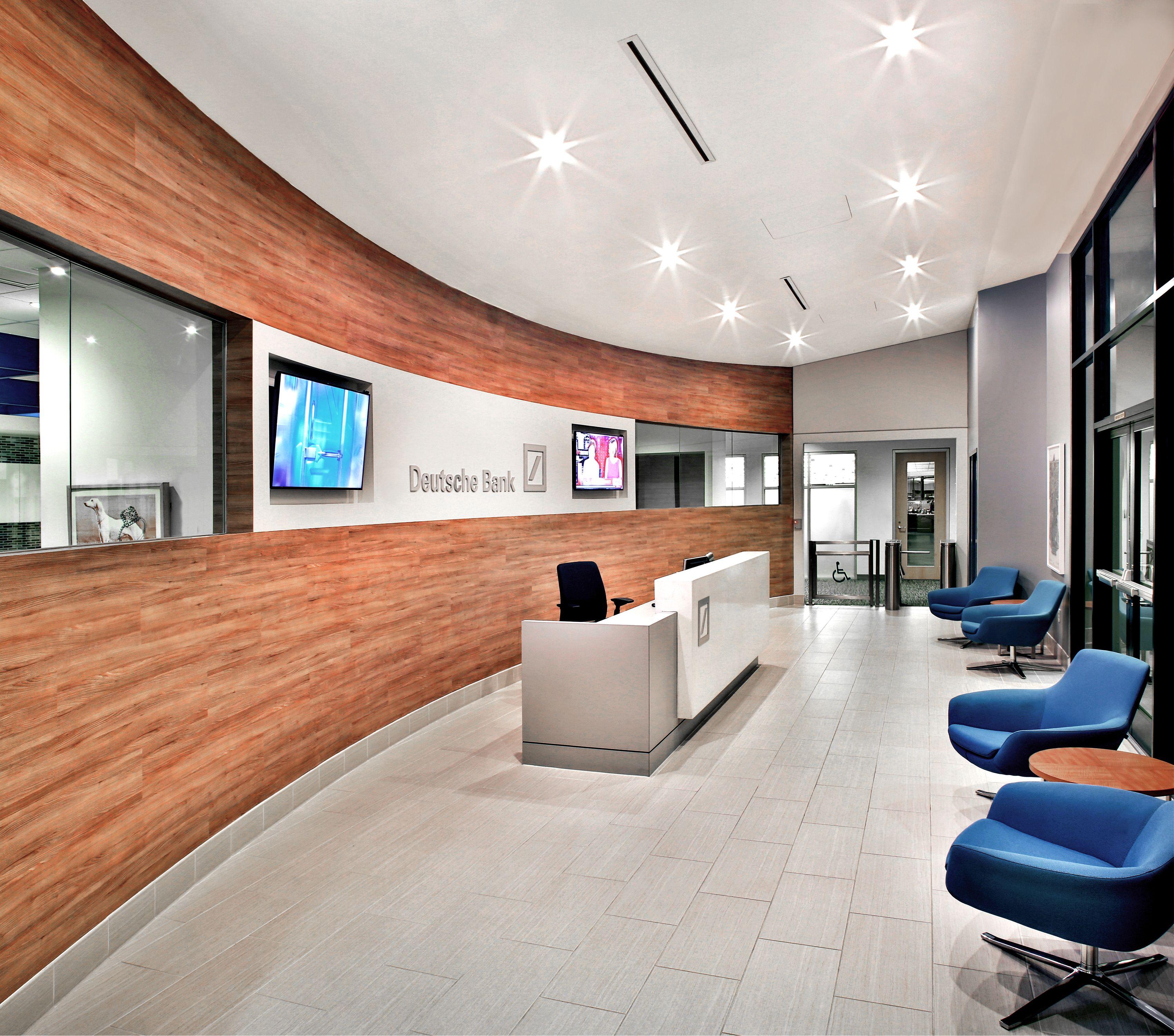 Deutsche Bank - 400-Lobby copy 2.jpg