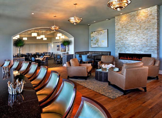 1sawgrass_bc_living_room_bar