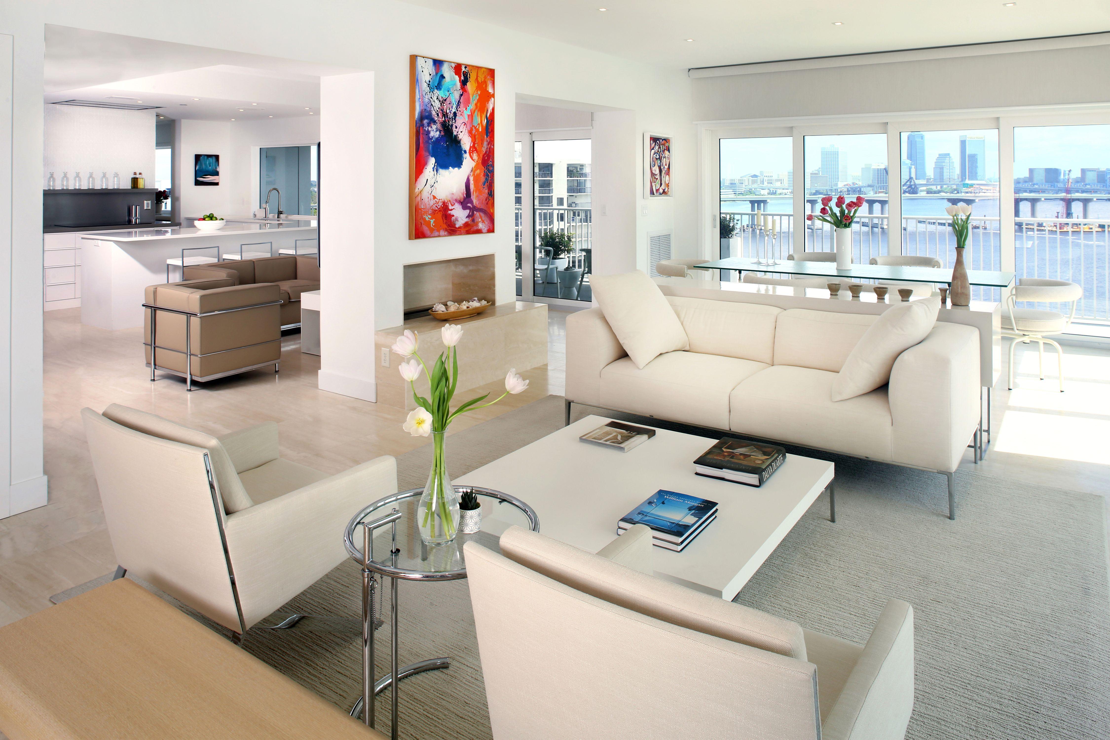 Connors - Living Room 2.jpg