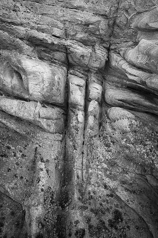 rocks_2.jpg