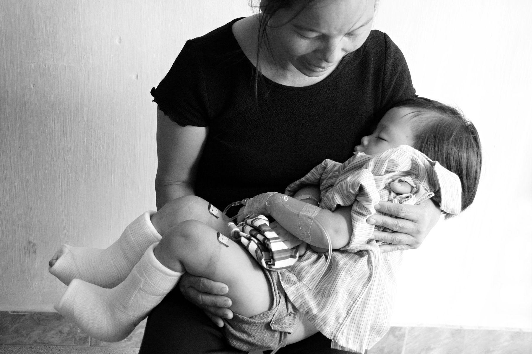 1vietnamese_mother_child