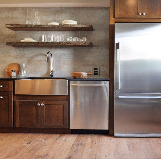 condo-kitchen--159ff-resize.jpg