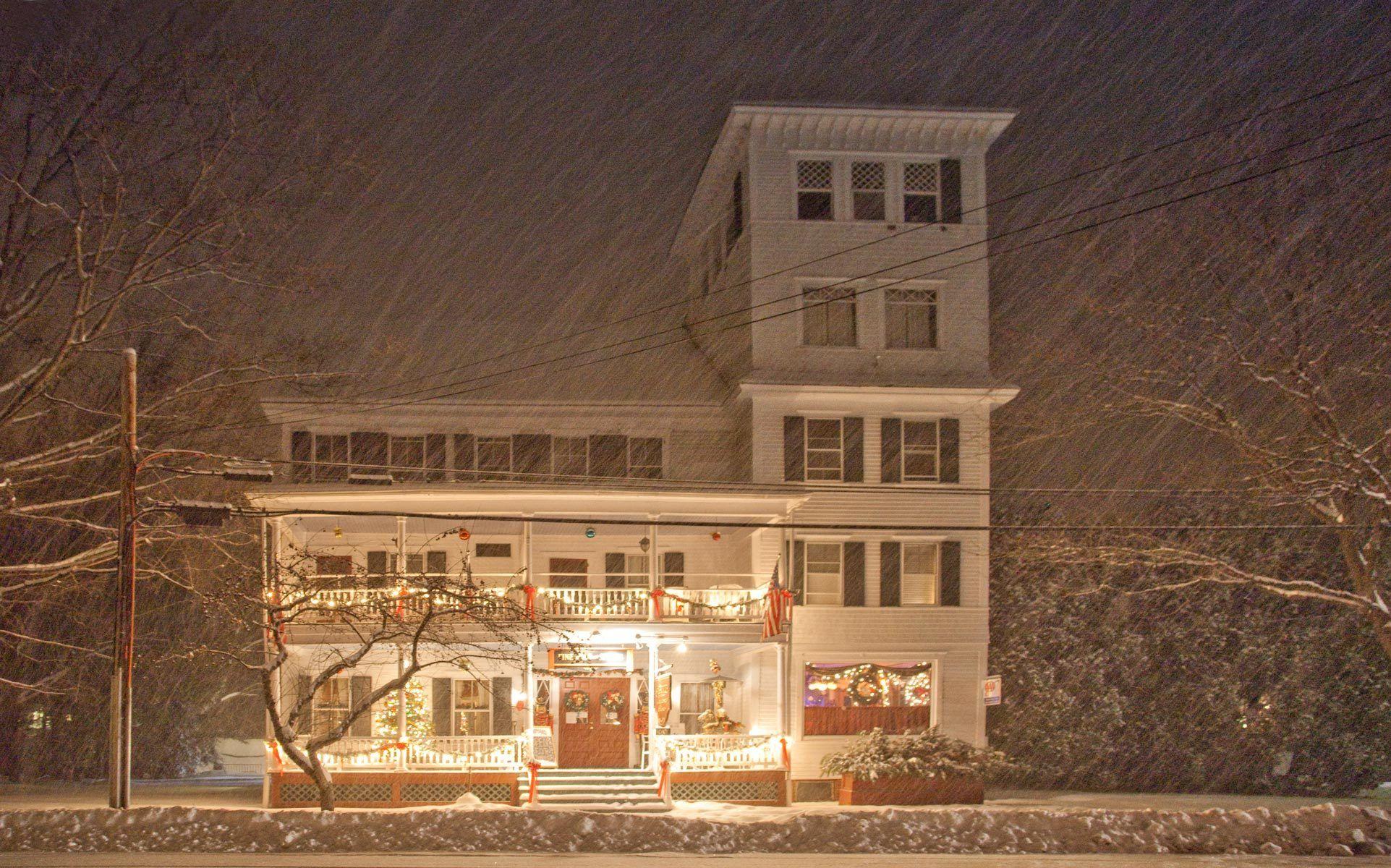 Saxtons River Inn during a Winter Storm