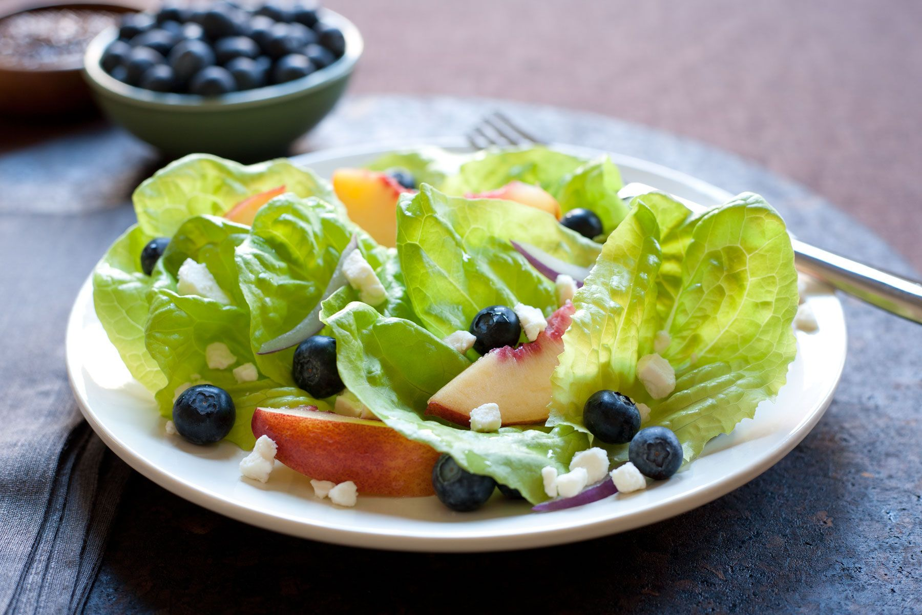 Blueberry and nectarine salad