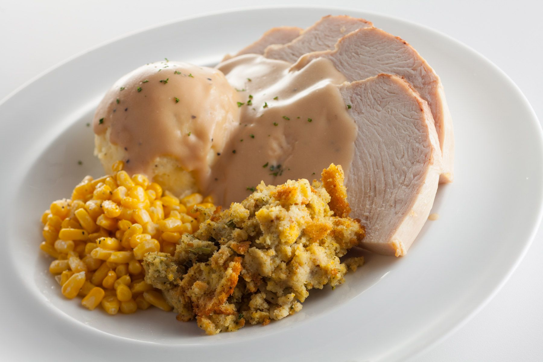 Sliced-Turkey-Breast-Mashed-Potatoes-and-Gravy-sweet-corn-and-stuffing-Gun-Lake-Casino_274.jpg