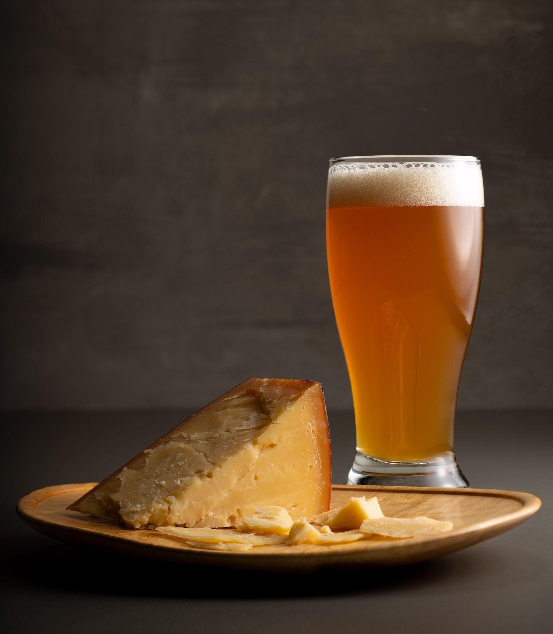 Gouda-n-beer.jpg