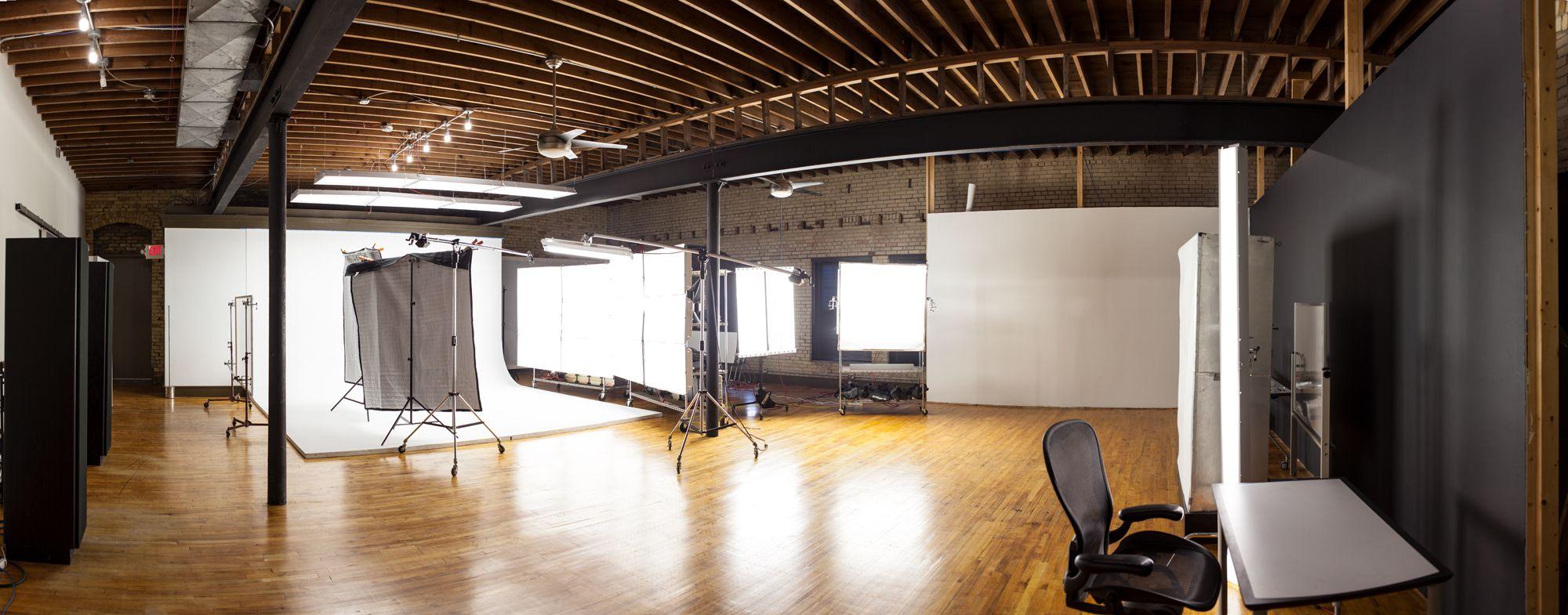 Studio cyc.jpg