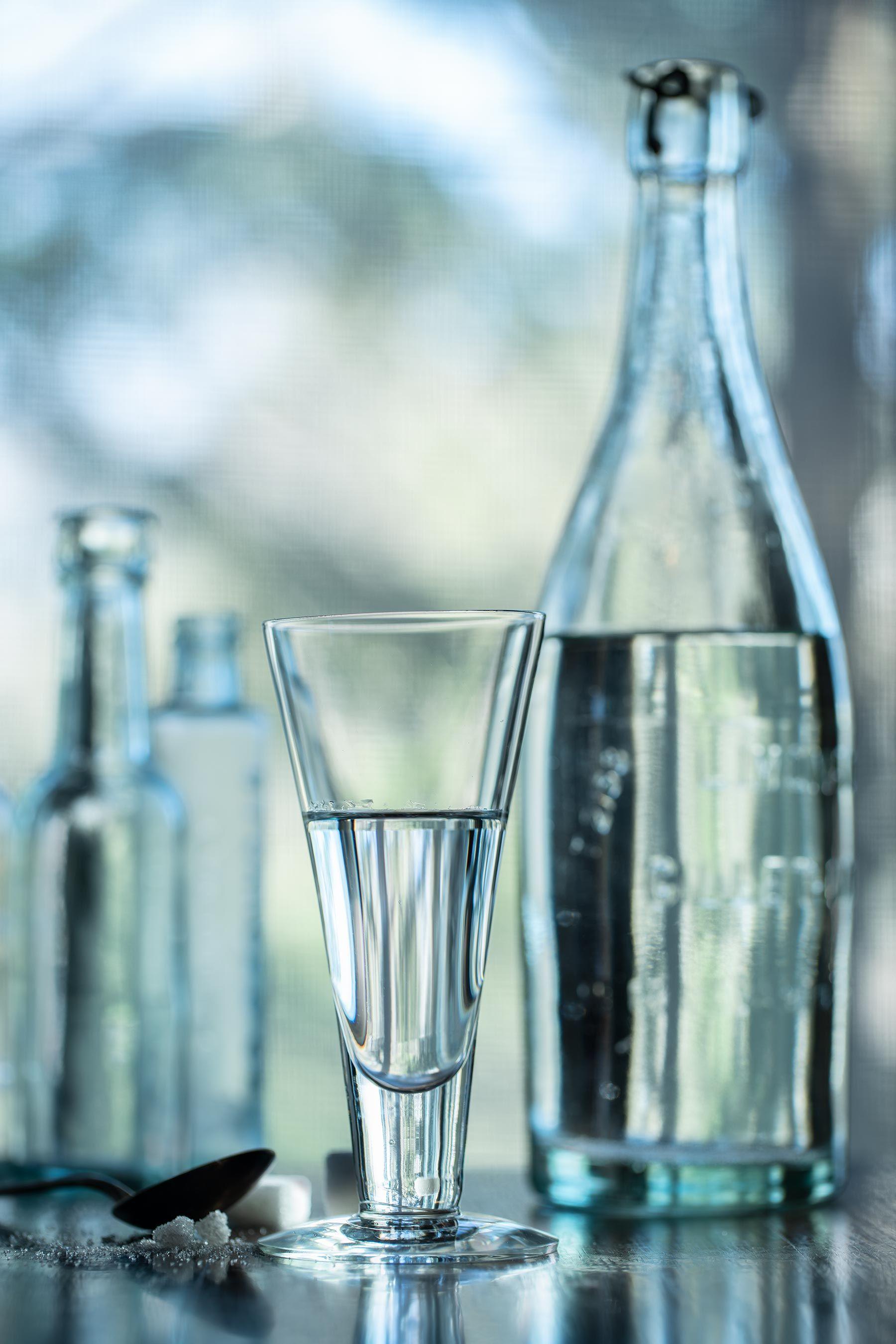 Vodkaglassbottle.jpg