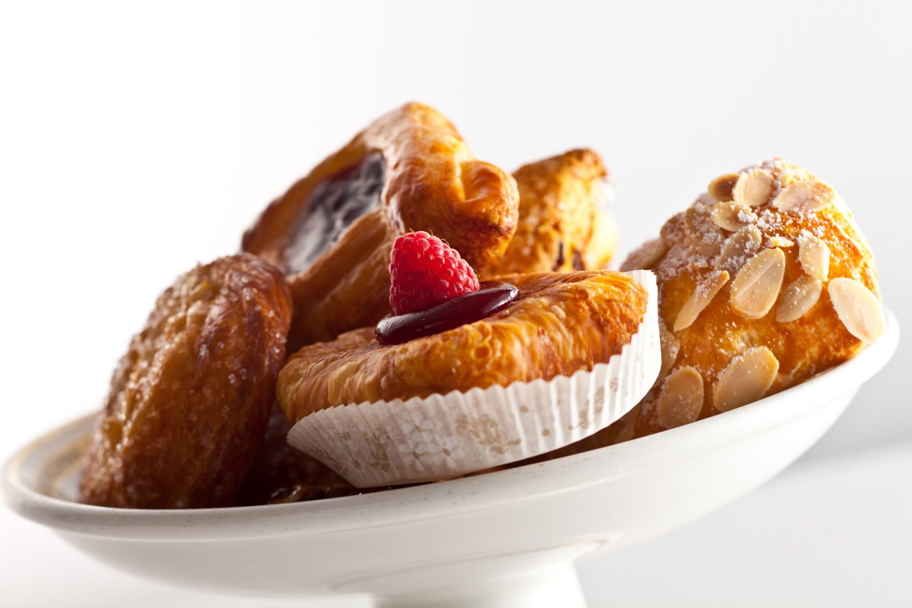 Pastries-on-platter-Jessica-Weiss-Union-League-of-Chicago.jpg