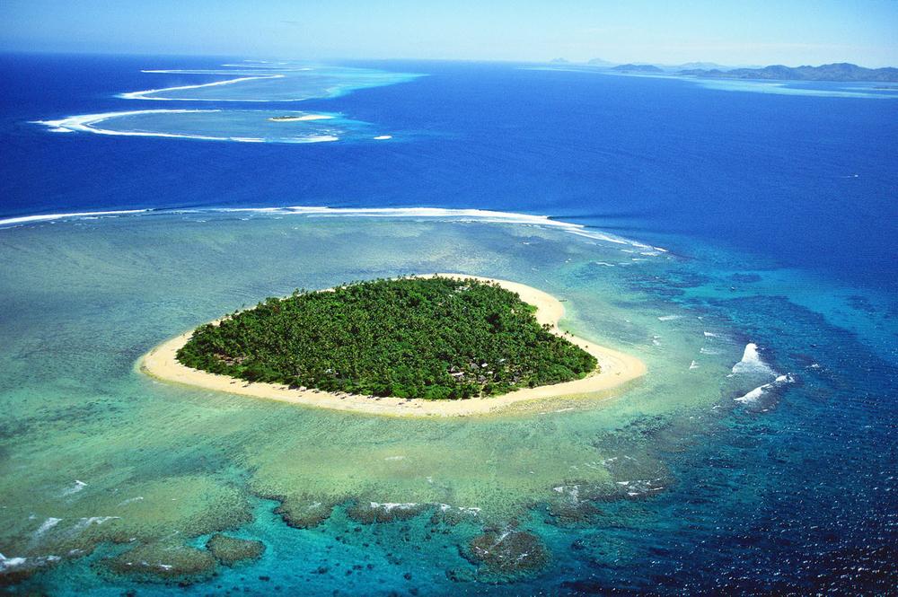 TAVARUA, FIJI.
