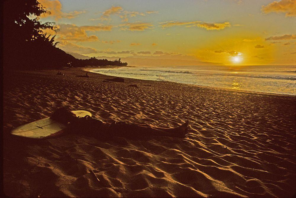 SUNSET BEACH, OAHU, HAWAII. 1971.