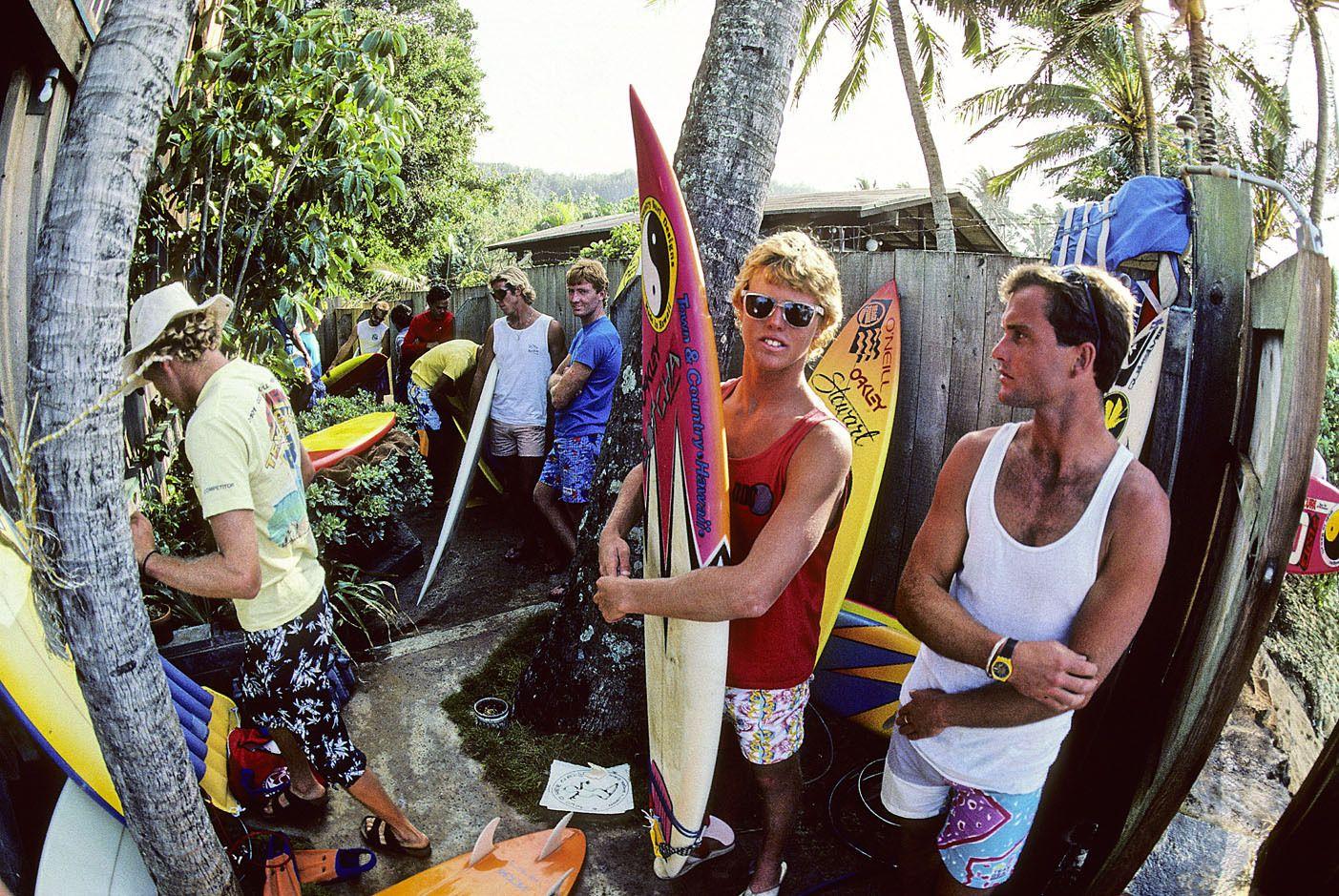MATT ARCHIBOLD, PETER MCGONAGLE, PIPELINE, OAHU, HI. 1985.