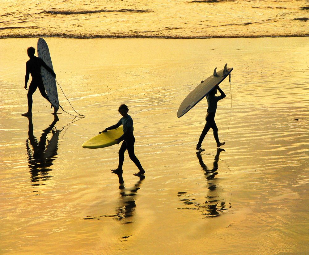 Surf school La Cotes Des Basques,France 2010.jpg