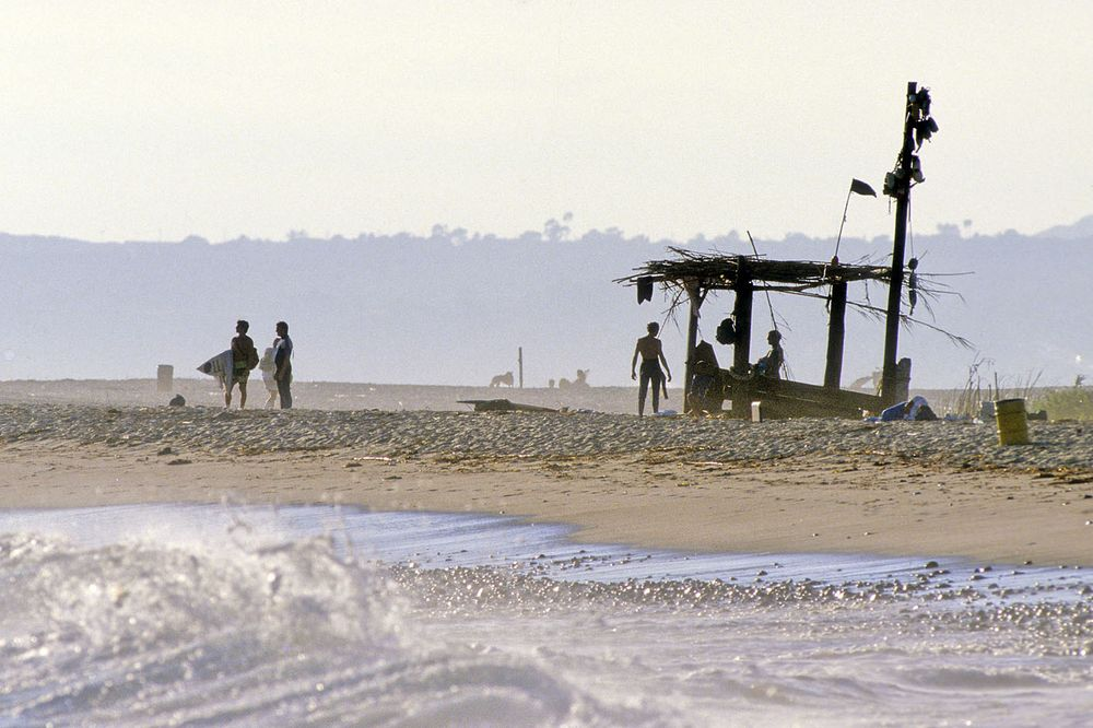 UPPER TRESTLE BEACH SHACK , SAN CLEMENTE, CALIF. 1981.