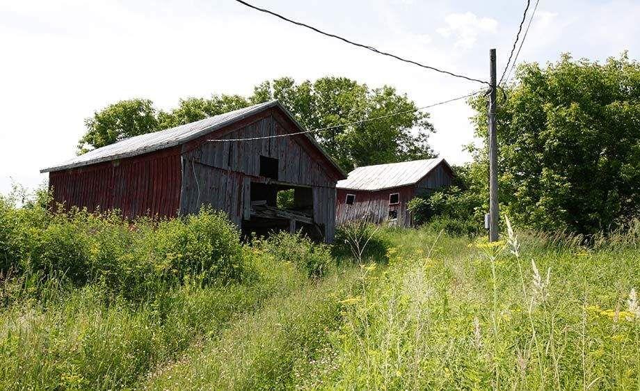 1ny_old_farm_house_1