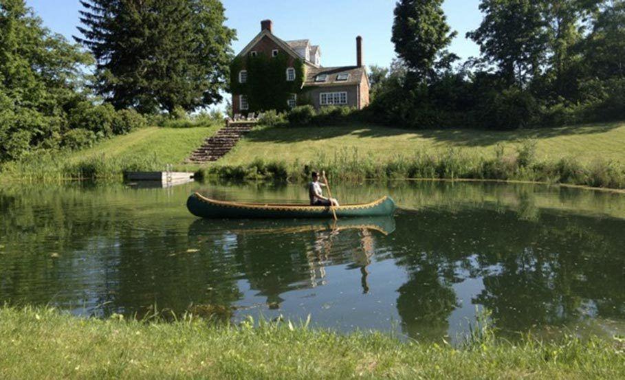 11-pondboat