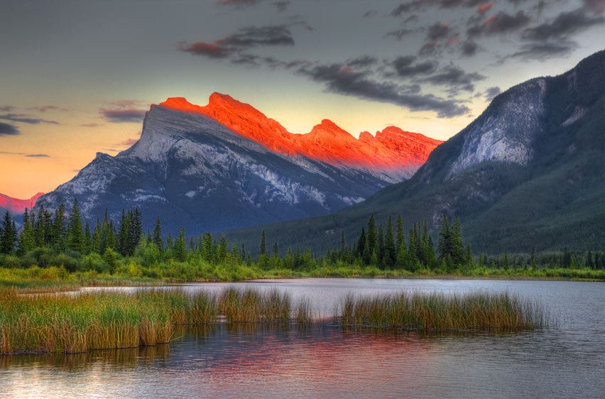 MT. RUNDLE, VERMILLION LAKE, SUNSETBANFF NATIONAL PARK, ALBERTA, CANADAIMAGE # 12074
