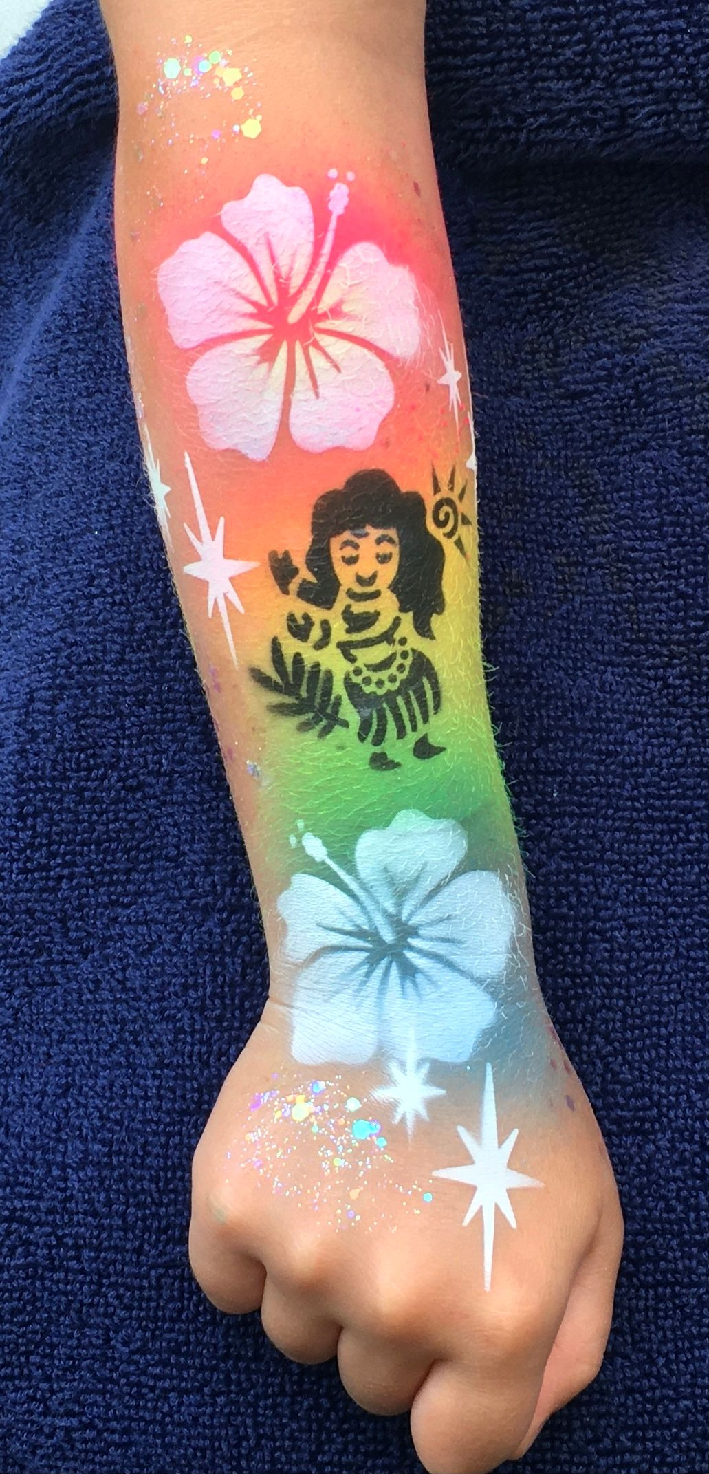 Face Painting by Valery - Airbrush tattoo - Hula Girl