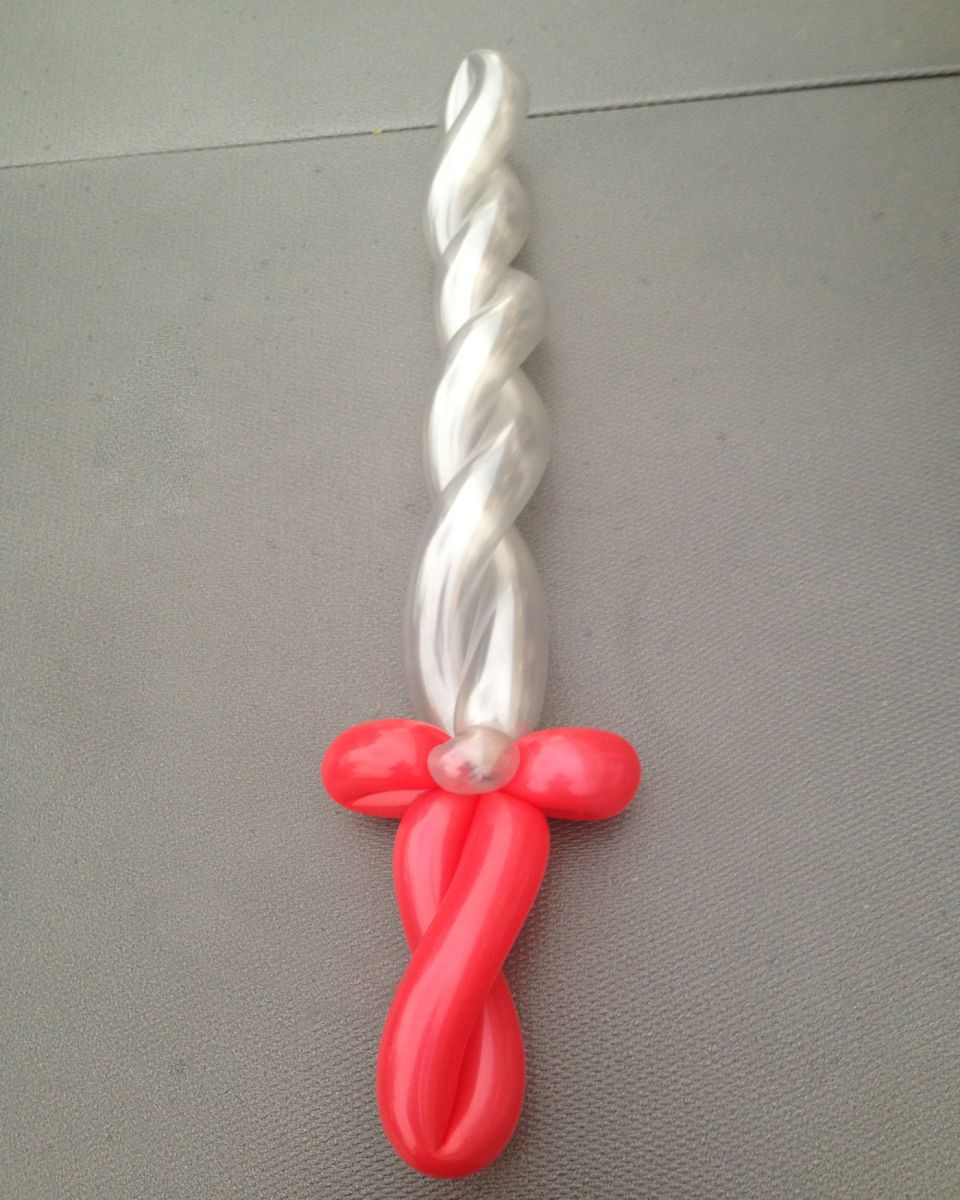 Chicago Balloon Twisting Valery Lanotte - Knight Sword
