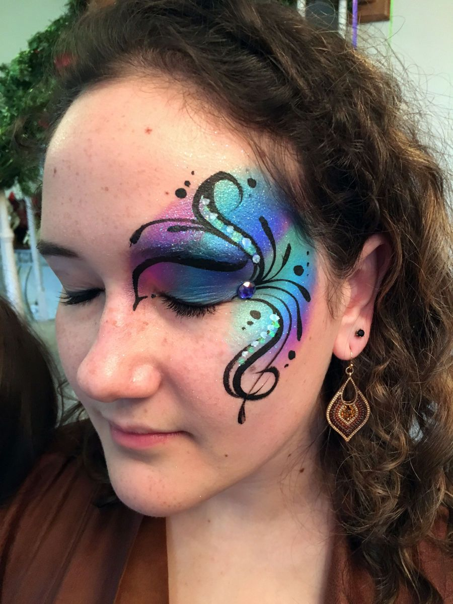 1chicago_face_painting_valery_lanotte___blue_eye_swirls