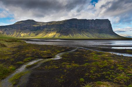 Iceland-19-D-17-06-10-7100-(Glacial-Valley).jpg