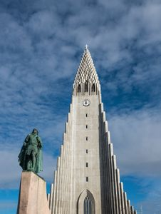 Iceland-08D-17-06-12-8059-(cathedral).jpg
