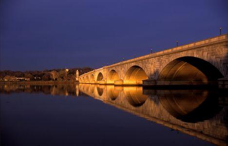 F-1685-09-(Memorial-Bridge).jpg