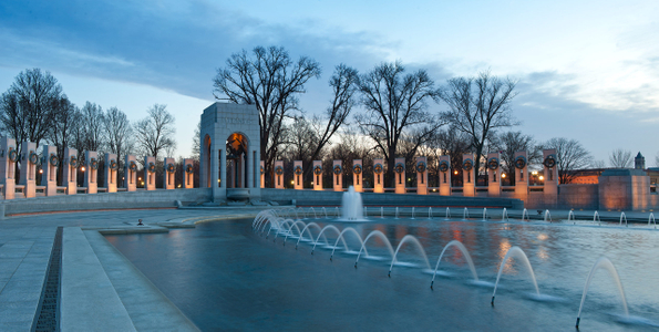 D-11-03-19-2111_13-(WW-II-Memorial).jpg