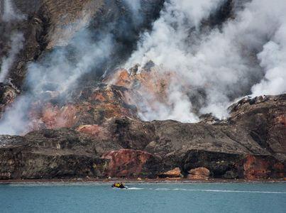D-16-09-01-3501-(Smoking-Hills).jpg