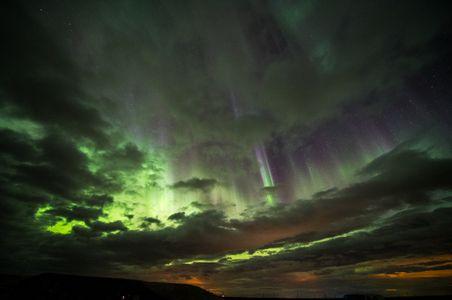 Iceland-22-D-18-03-16_850-3928-(Aurora).jpg