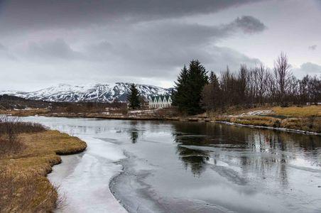 Iceland-27-D-18-03-14_850_3296-(Thingvellir).jpg