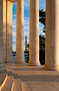 D-11-03-28-3906_09-(Jefferson-Columns-Sunrise).jpg