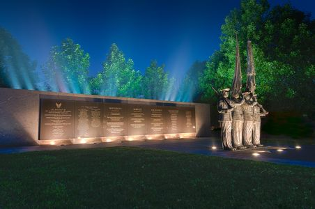 D-15-06-10-3622_24-(USAF-Memorial-01).jpg