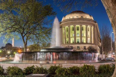 D-16-03-22-3893_95-(Mellon-Fountain).jpg
