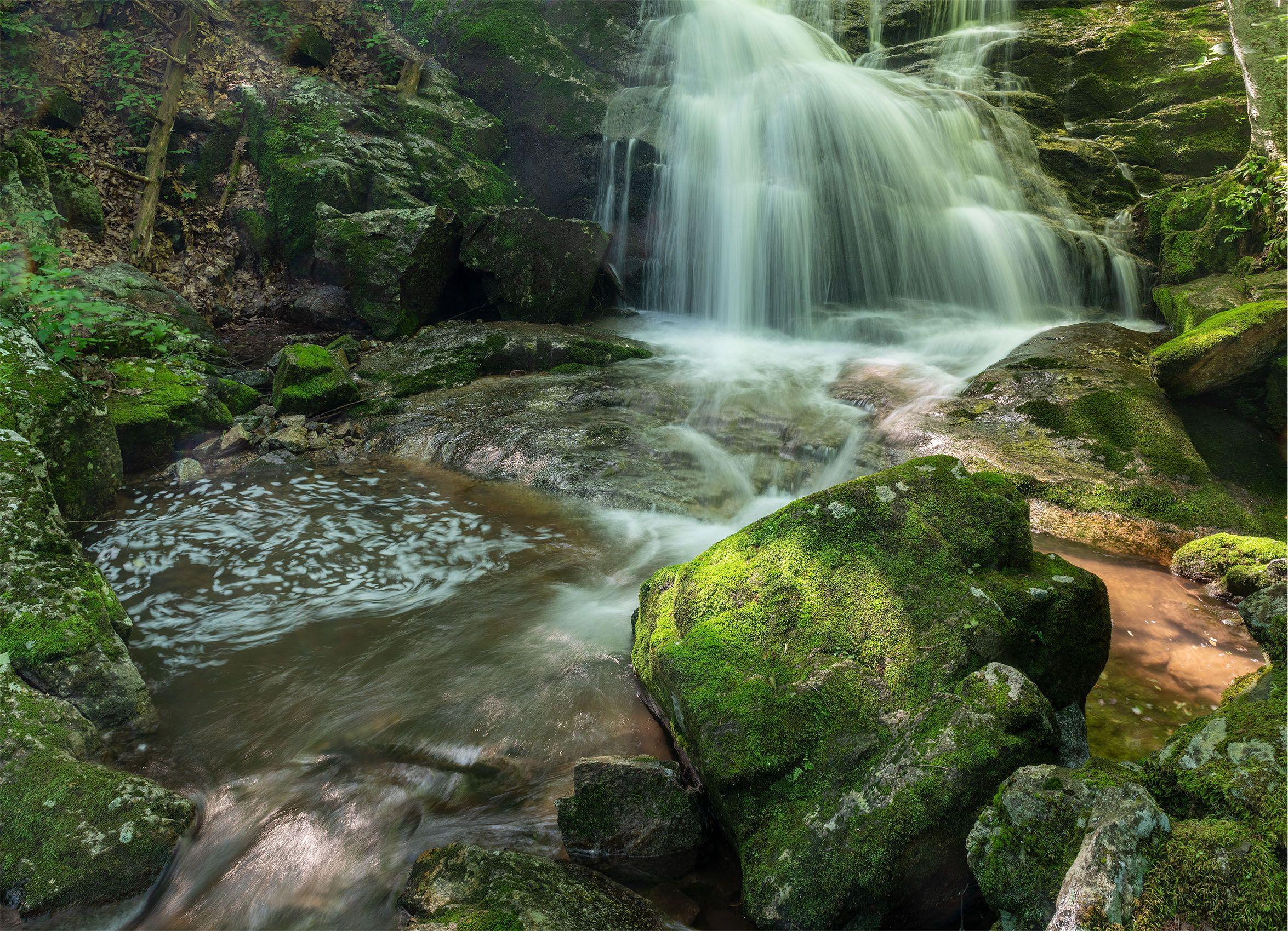 Crabtree Falls (Nelson County, VA).jpg