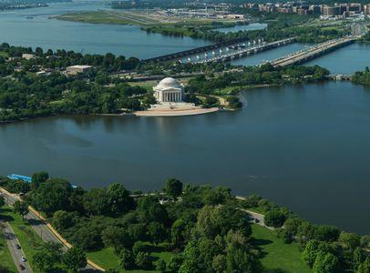 D-14-05-13-7731_51-(Jefferson-from-above).jpg