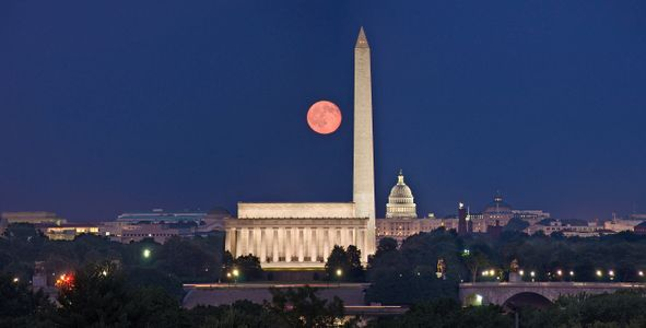 D-09-09-05-51_52_53-(Moonrise-Washington).jpg