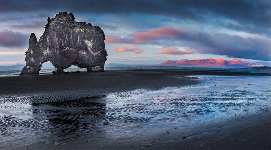 Iceland-12-D-17-06-05-3124_25-Pano-(Hvitserkur).jpg
