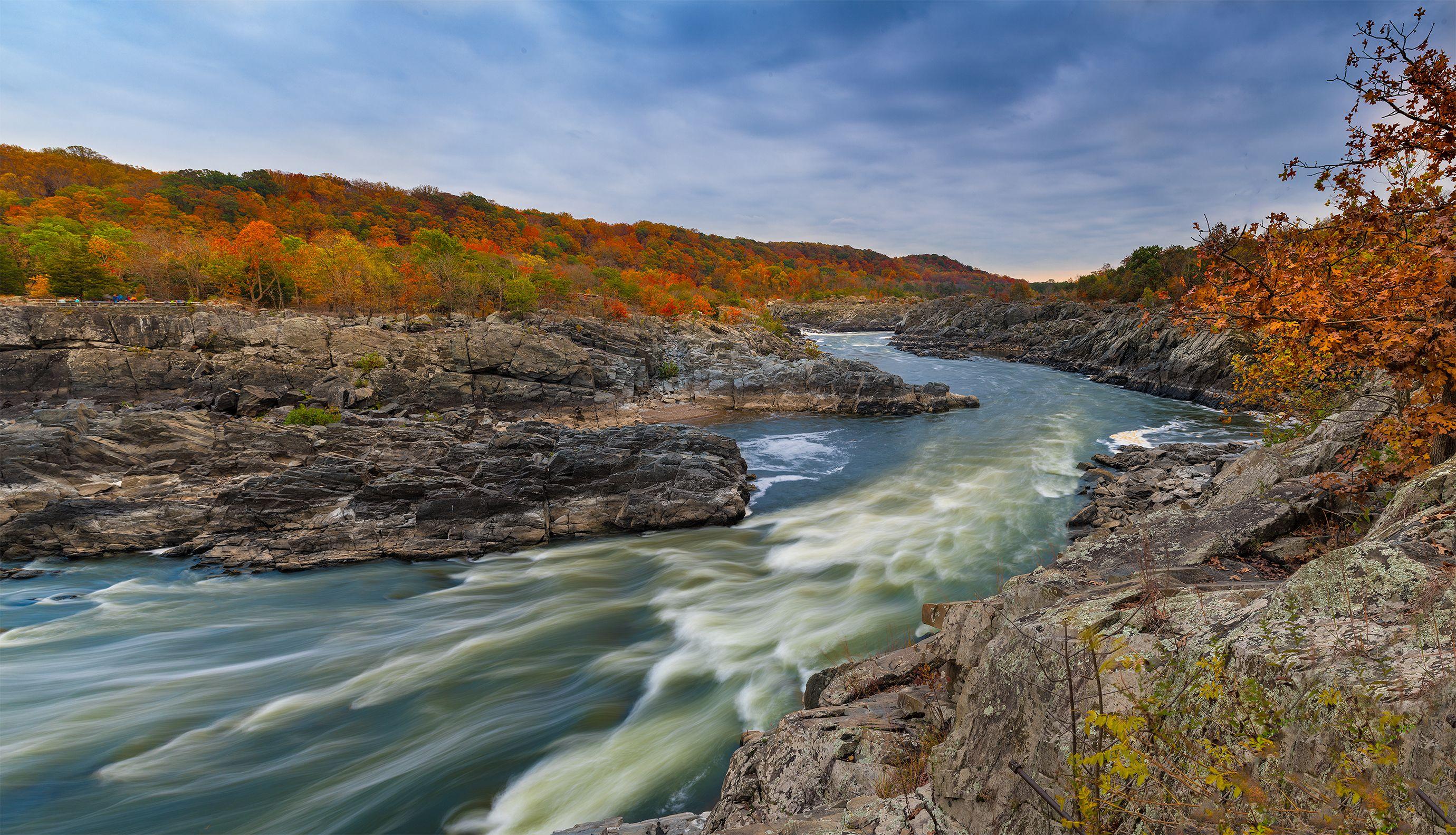 Autumn, Potomac River (Fairfax County, VA).jpg