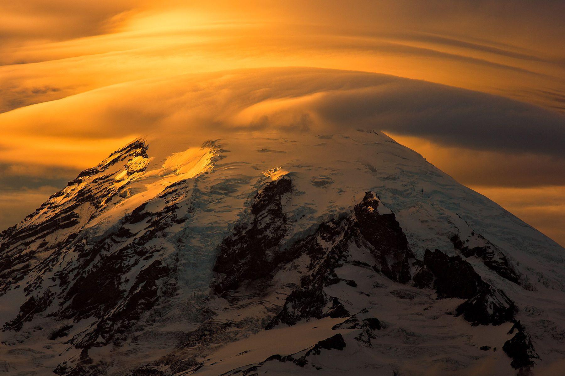 Lenticular Cloud, Mt. Rainer, Washington