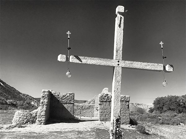 Jim_Shoemaker_New_Mexico_Church.jpg