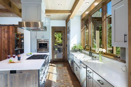 Photographed for Brechbuhler Architects ,  M Squared Construction and Davis Cabinetry