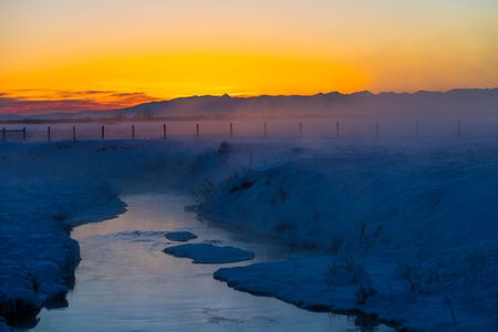 A winter dusk in Gallatin Valley